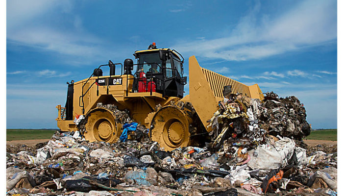 Компания ТХГ АГ заключила контракт на поставку на мусорный полигон г. Ташкент (Узбекистан) одного уплотнителя закладки отходов Cat® 826K.