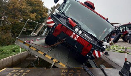 Aktuelles: Приемка пожарных машин для аэропорта Внуково